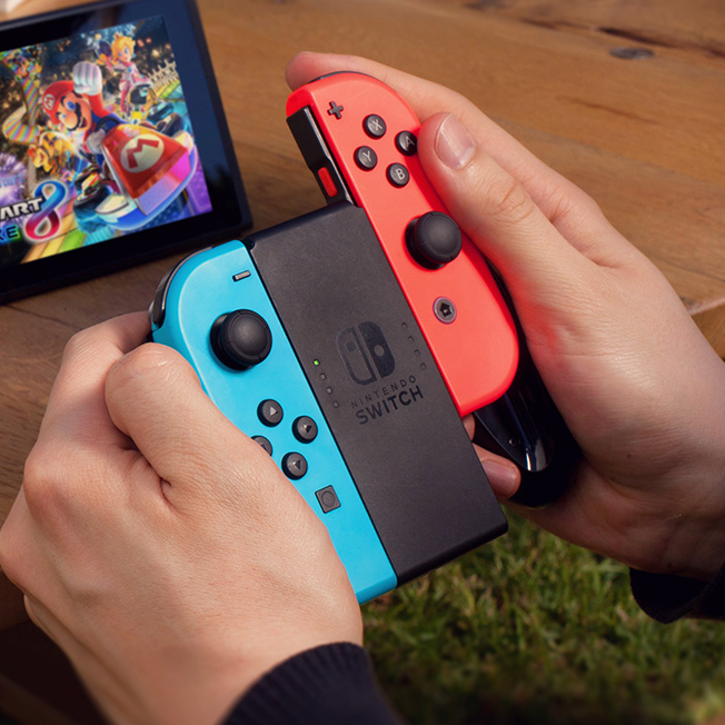 https://www.nintendo.it/games/oms/nintendo_switch/hardware/img/02-gallery/img-03.jpg