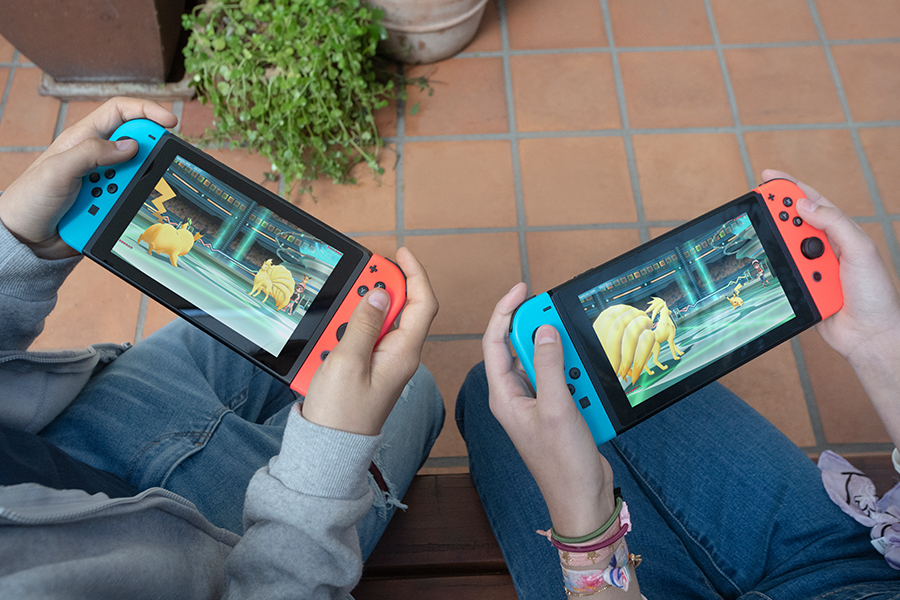 https://www.nintendo.it/games/oms/nintendo_switch/hardware/img/05-02-world/ph05.jpg